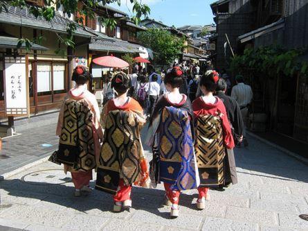 7 Reactions To Nihongo Wa Jouzu Desu Ne